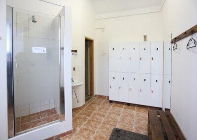 Powergymcz Písek – Šatny a sprchy